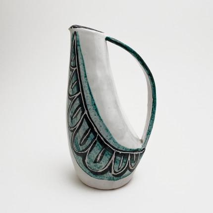 Ceramic vase by Swiss artist Lucette Hafner