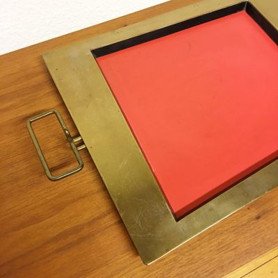 Red and black tray_0